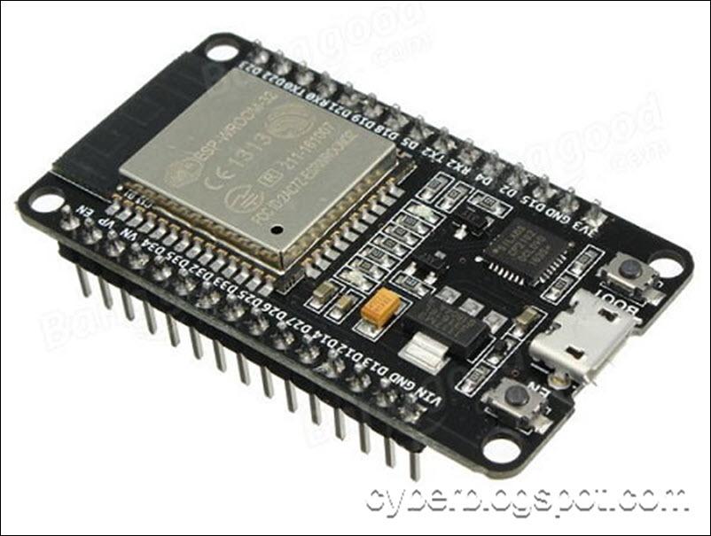 an image showing an alternative board DOIT ESP-32 Development Board with pin labels
